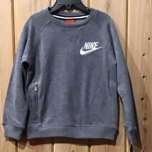 🆕 Nike crew neck sweatshirt